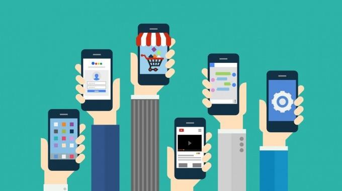 moyenne nombre applis installées smartphone